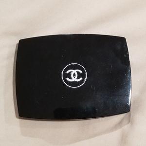 Chanel compact